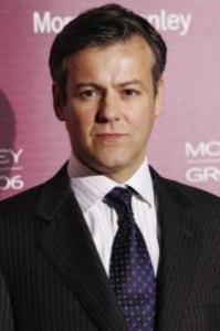 Rupert Graves (Detective Inspector Lestrade)